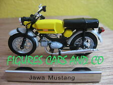 #19 MOTO 1/24 COLLECTION EUROPE DE L'EST CYCLOMOTEUR JAWA MUSTANG TCHECOSLOVAQUI