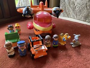 Happyland Safari Plane Set With Little People Animals