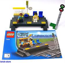 LEGO®  Eisenbahn Bahnhof / Bahnsteig mit 2 Figuren und  Signal / aus 7938