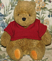 "Disney Classic Pooh Gund Plush Red Sweater 8"" Sitting Bean Stuffed Bear LOVEY"