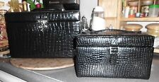 EUC* Lot of 2) BLACK COSMETIC & JEWELRY TRAVEL CARRYING CASES