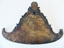 ANTIQUE FLAT TEMPLE BELL (KYEEZEE) ELEPHANT HORSE COMBAT- BURMA- EARLY 20th C