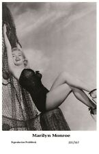 MARILYN MONROE - Film star Pin Up PHOTO POSTCARD - 201-567 Swiftsure Postcard
