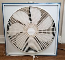"VTG EXL 20"" Box Fan Model 11069-002 Blue & White 7 blade Metal Frame 3 Speed!!"