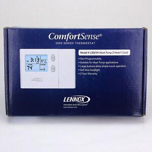 LENNOX 51M33 Non-Programmable Termostat Model L3021H  Heat Pump 2 Heat 1 Cool