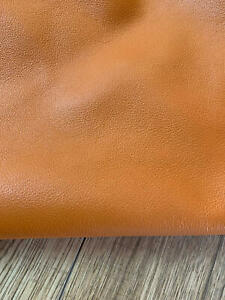*CLEARANCE* VINTAGE UPHOLSTERY LEATHER - HALF HIDE.- AMBER. 1.2 - 1.4mm