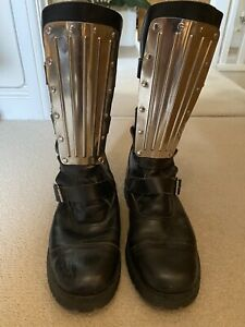 mens boots size 11 preowned By Underground-England