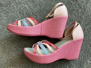 Lovely Ladies Kickers Wedge Sandals In Pastel Colours Size 7 Eu 40