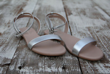 Shoes of Prey Sandals Flats Sz 9.5 US / 41.5 EU Beige Silver Shoes