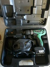 Hitachi DS10DFL2 12-Volt Peak Cordless Lithium Ion Compact Drill Driver Kit