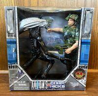 "Aliens vs. Corp Hicks Vintage 10"" Action Figures Set New NIB 1997 Kenner KB Toys"