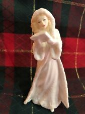 Royal Doulton Christmas Carols Figurine Hn 3727