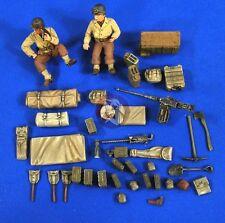Verlinden 1/35 US Willys MB Jeep Crew, Stowage and Accessories (2 Figures) 2700