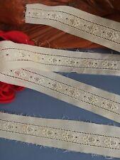 Broderie Anglaise ancienne en coton fin 118 x 3,3cm Linge ancien BA/67