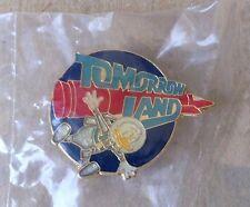 Disney Pin 1363 NEW Disneyland 1985 30th Birthday Donald Duck Fantasyland