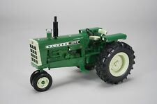 1/16 High Detail Oliver 1650 Narrow Front Tractor by Spec Cast SCT559