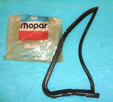 NOS MOPAR 1972-80 DODGE PICKUP / RAM CHARGER LEFT DOOR VENT WINDOW SEAL #3739465