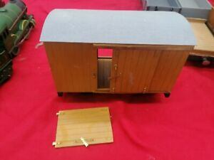 Large cattle truck  o gauge but very big suit out doors kit made suit accucraft
