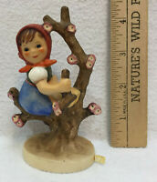 Hummel Goebel Figurine Apple Tree Girl #141 Earthenware Vintage Germany Figure