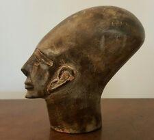 statue ancienne égypte pierre dure   tête allongée