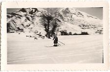 Femme ski skieuse neige sport d'hiver - photo ancienne amateur an. 1930