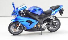 Kawasaki Ninja ZX-10R Blue Scale 1:18 Motorcycle Model by Bburago