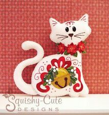 Christmas Cat Sewing Pattern - Stuffed Animal Felt Plushie Pattern & Tutorial