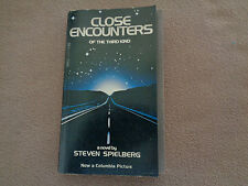 Close Encounters of the Third Kind - Steven Spielberg - Dell - Paperback - 1977