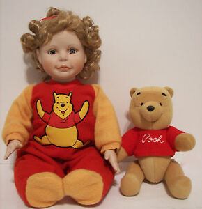 Ashton Drake ''Let's Play Patty Cake Pooh '' Porcelain Girl Doll 17'' In Disney