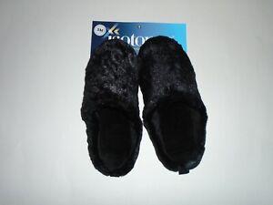 Isotoner Women's Chevron Faux Fur Hoodback Black Slipper Size SM 5-6 New Tags