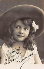 Child Enfant Girl Fille Fillette fancy hat smile 1910