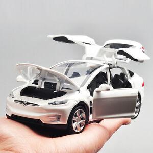 1:32 Tesla Model X 90D SUV Diecast Model Car Toy Sound&Light Collection White