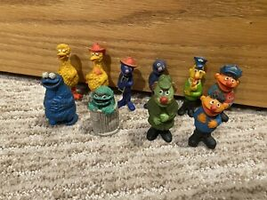 Vtg Sesame Street Figures Lot - 10 Total - Ernie/Big Bird/Oscar - Muppets Inc.
