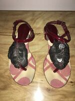 BURBERRY THONG HEART CHARM RED SANDALS WOMENS SIZE 37 EUR