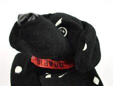 Blavod Vodka USA schwarzer Plüsch Hund mit weißen Flecken