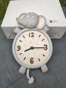 Novelty elephant kitchen  wall clock bathroom battery operated country cottage