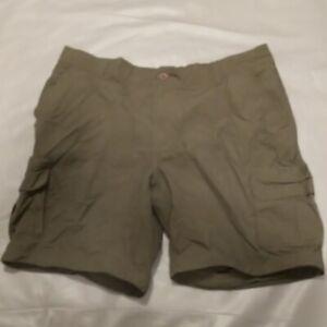 Cabela's olive green cargo shorts 2XL