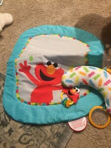 Bright Starts Sesame Street Tummy Time Prop Mat - Elmo, Ages 0-1 NEW