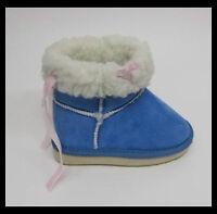 bébé fille Bleu Bottes détail papillon Sizes 6, 7, 8, 9 à la mode Snugg