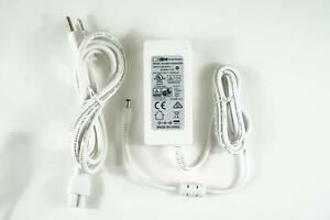 [UL Listed] OMNIHIL 8FT White 12 Volt 5 Amp with 5.5mmx2.5mm tip AC/DC Adapter