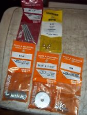35pcLOT 5 BNIP NUTS WASHERS SCREWS LOCKWASHERS FENDER FLAT CUT WASHER HEX NUTS