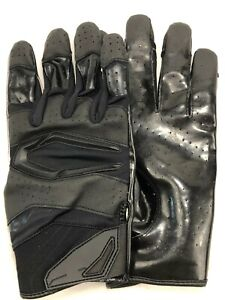 Julio Jones Atlanta Falcons Game Used Worn Gloves 12/06/20 vs. Saints  COA