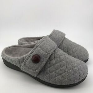 437 Vionic Womens Indulge Carlin Flannel Slipper With Orthaheel Light Grey US 9M