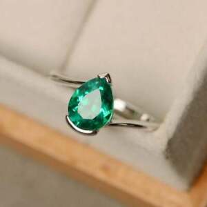 925 STERLING SILVER EMERALD PEAR CUT LADIES RING size N