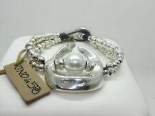 """UNO de 50 """"Half Moon"""" Pearl Silver Plated Metal Bracelet"""