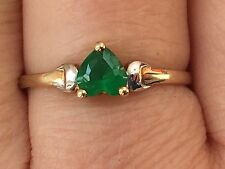Antique/vintage hallmark 9ct with heart shape emerald gold ring -uk size O