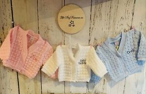 PERSONALISED BABY CARDIGAN KNITTED GIFT NEW BABY BABY SHOWER WHITE BLUE PINK
