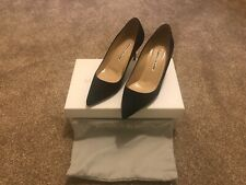 Manolo Blahnik BB 70 Navy Pumps Size 37 EU in Suede (Dust bag and Original box)