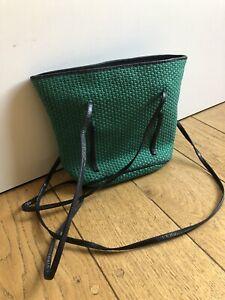Ladies Vintage Bottega Veneta Shoulder Bag