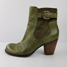 Naturalizer Boots Size 9 W Green Block Heel